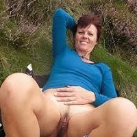 Une mature nymphomane qui prend son coup de bite